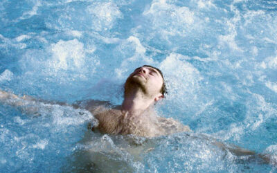 Keep Your Hot Tub Water Filter Clean